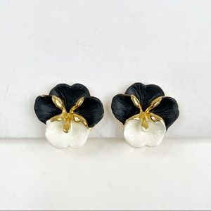 Vintage Black & White Pansy Clip On Earrings
